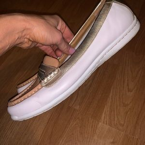 Clarks Shoes - Clark's Artisan White/Gold Comfort SlipOns 10 (Px)